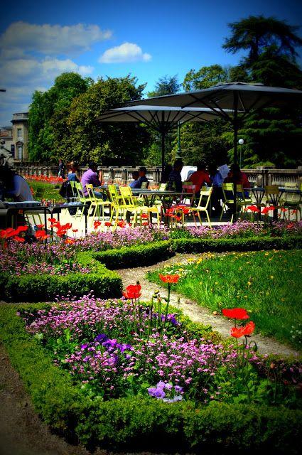 A Sunny Wednesday Afternoon Jardin Public Bordeaux Sortie