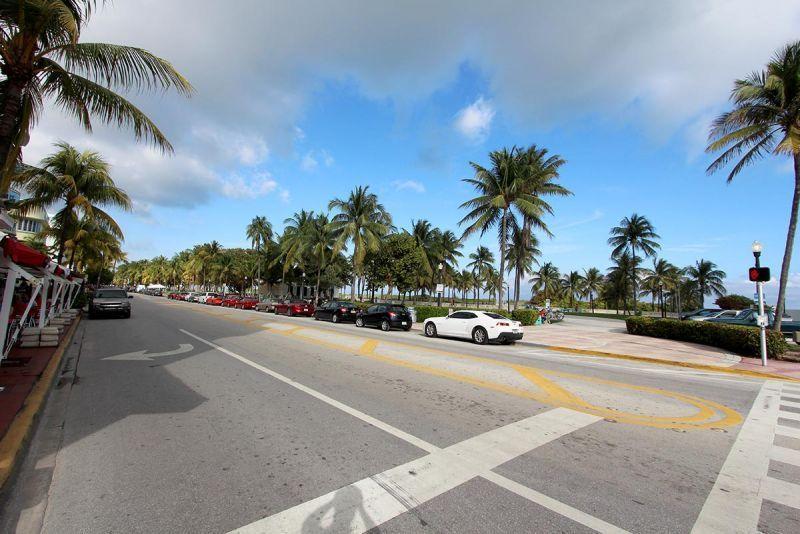 Barbizon Miami Vacation Al Beach Ocean Drive Outside The South
