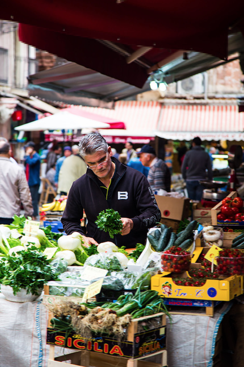 15 Photos of Catania's Food, People and Streets Fresh