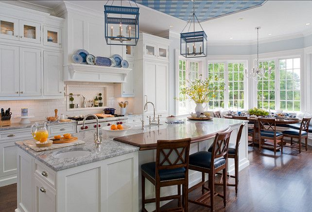 Benjamin Moore Oc 65 Chantilly Lace White Kitchen Cabinet Paint
