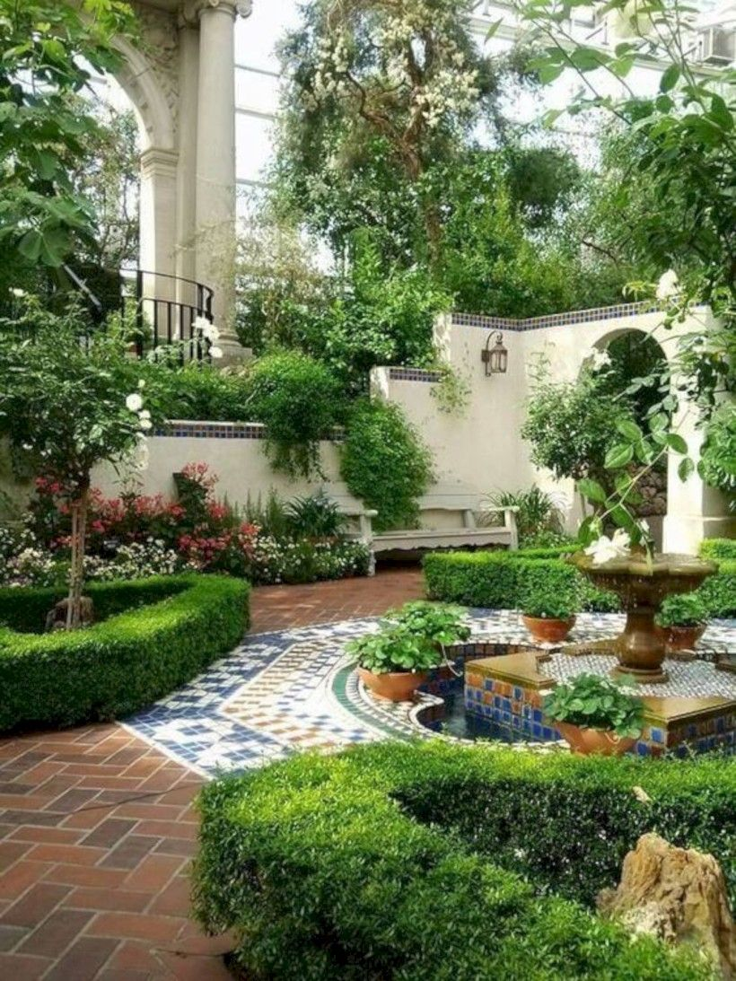 Beautiful Courtyard Gardens Ideas With Small Path Planted ...