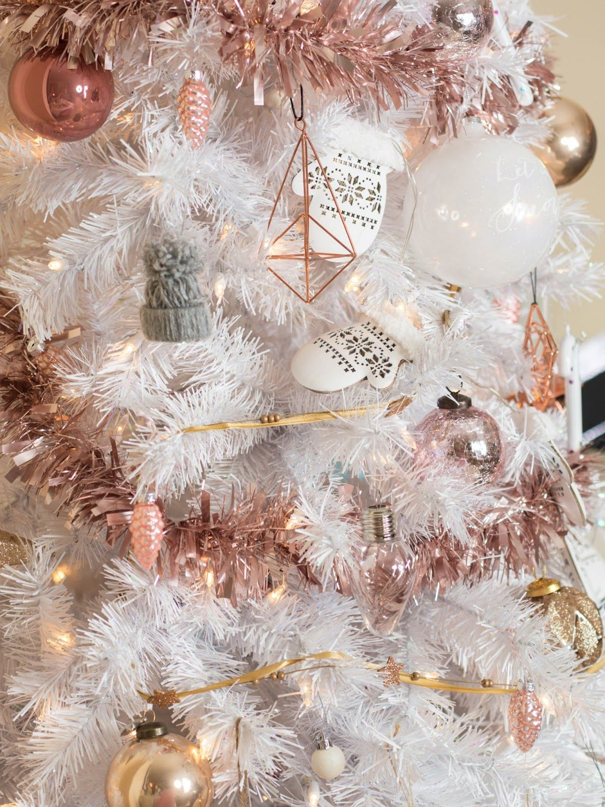 White Christmas Tree With Stylish Rose Gold And Pink Decorations Rose Gold Christmas Tree Rose Gold Christmas White Christmas Trees