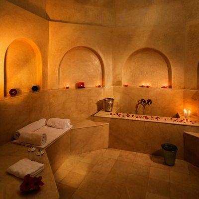 Montpellier salle chaude du hammam, le Bain du0027Épices Vraiment - refaire un plafond de salle de bain