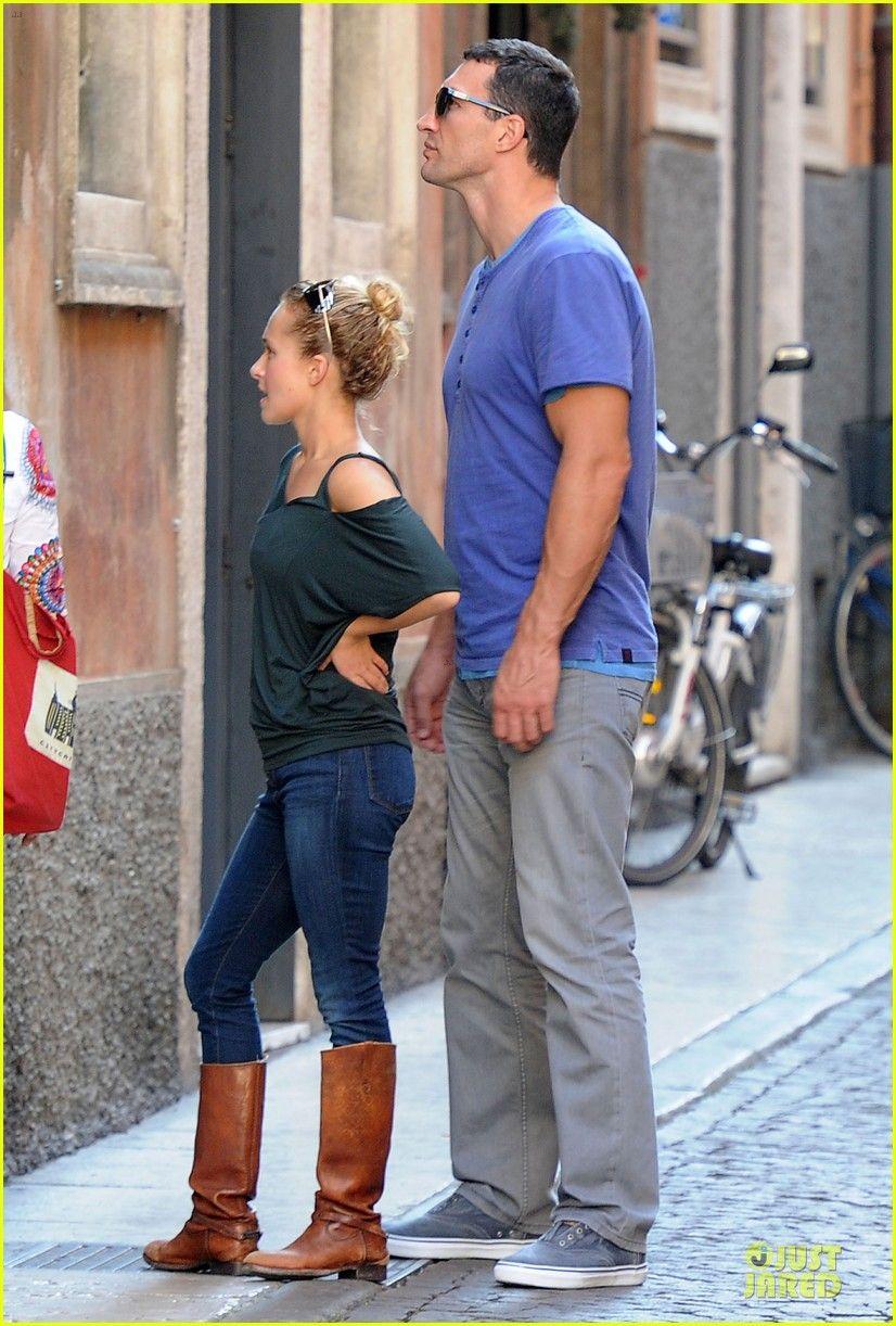 Hayden Panettiere Wladimir Klitschko Verona Sightseeing Couple