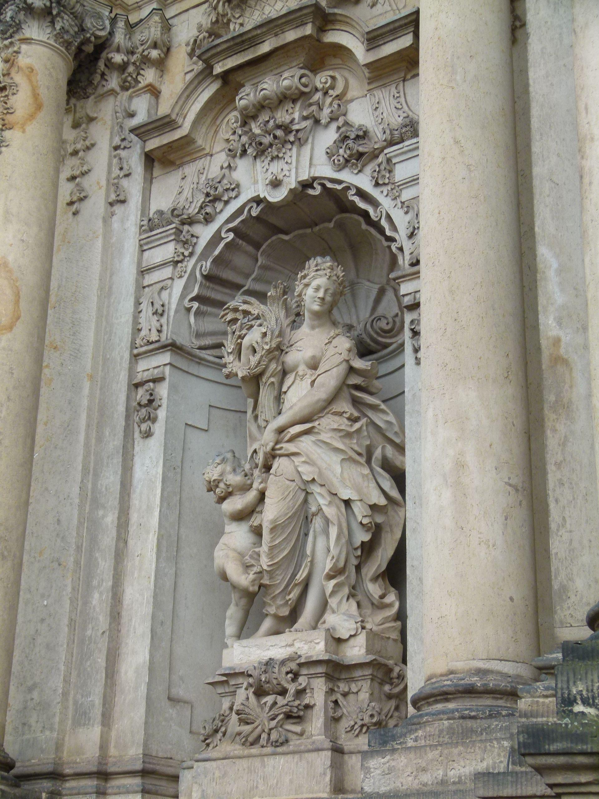 Skulptur Im Dresdner Zwinger Tượng Phục Hưng