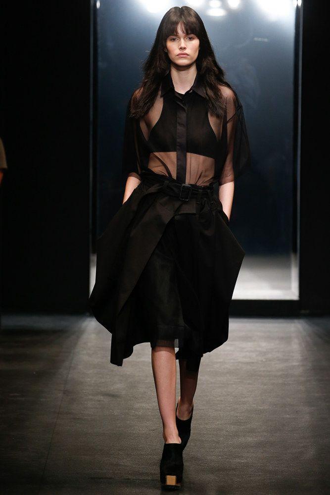 Vera Wang Spring 2016 Ready-to-Wear Fashion Show