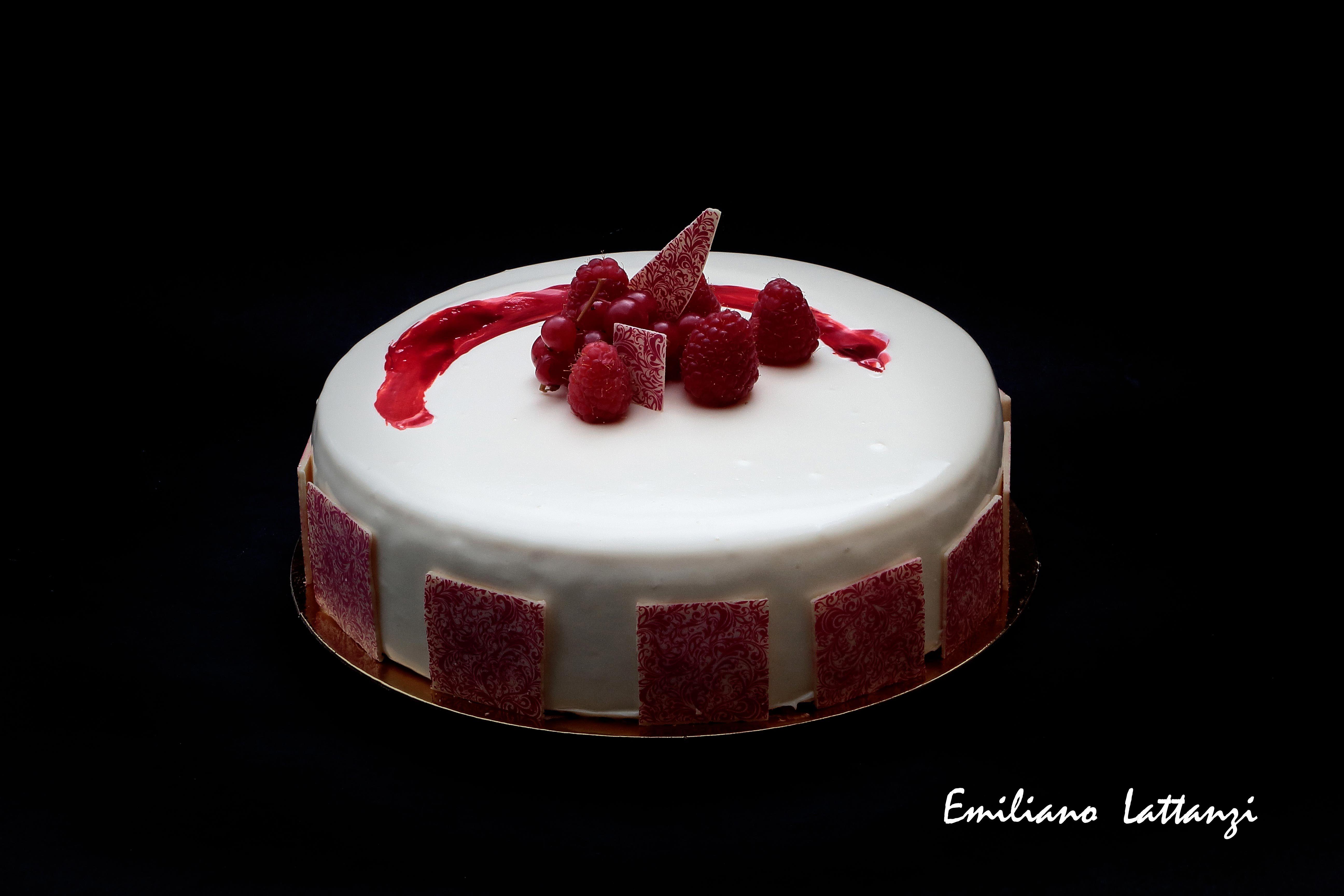 Torte Da Credenza Montersino : Perla rubino luca montersino bavarese al cioccolato bianco gelée