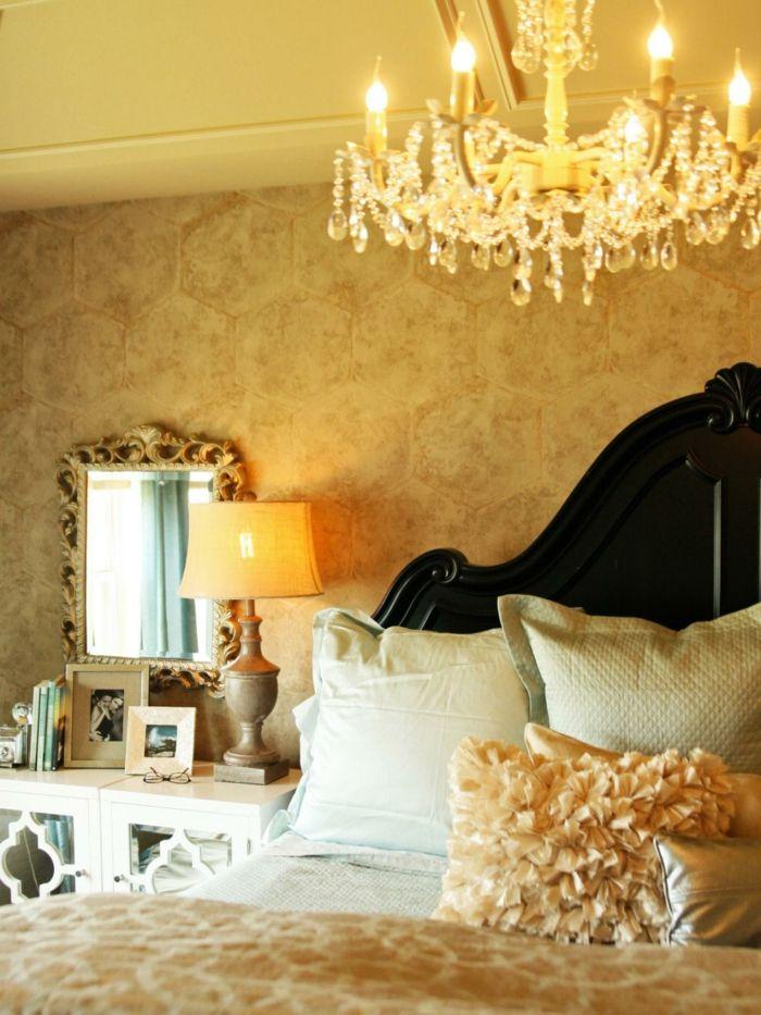 elegantes schlafzimmer in er wandfarbe gold - herrliches modell
