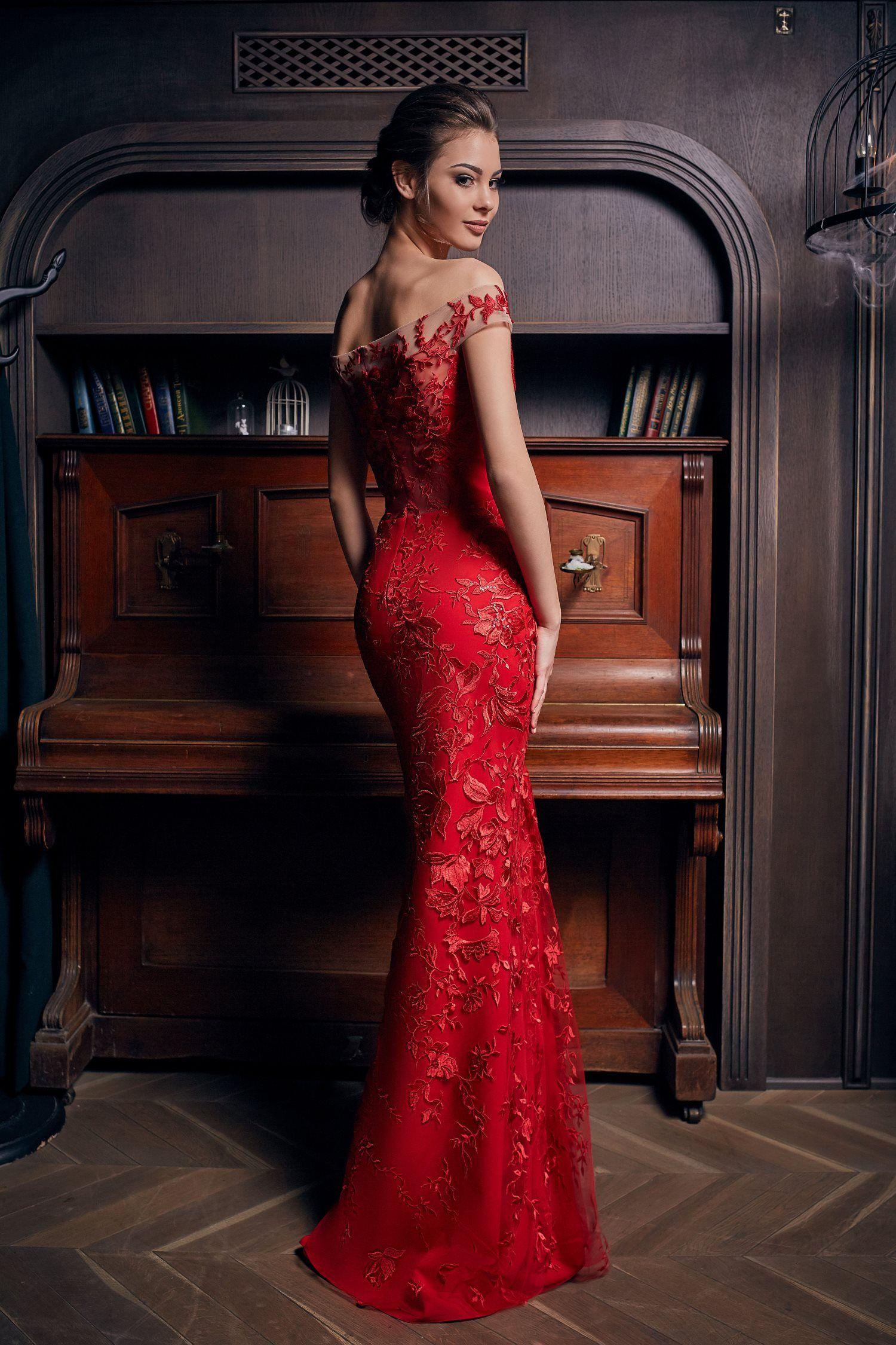 robe de soirée sirène de luxe rouge Paris