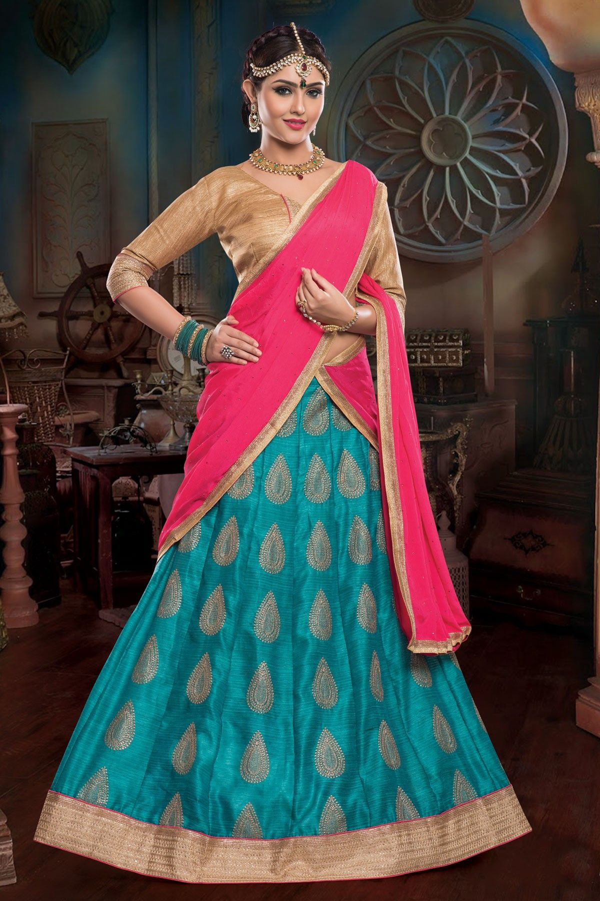 Pin by Zarah Clothing on ZARAH bollywood sarees & suits   Pinterest ...