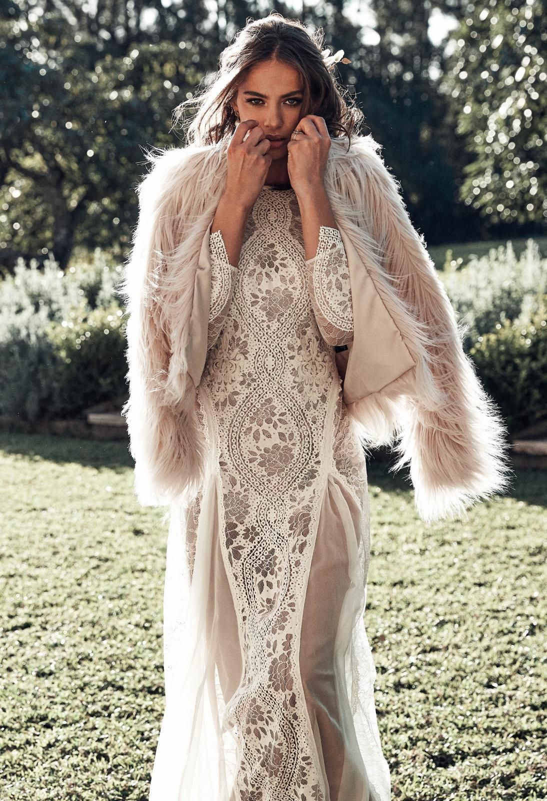 Unreal Dream Jacket Lace Wedding Capes & Robes Wedding
