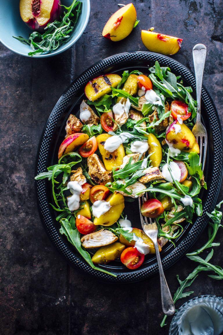Easy Tandoori Chicken And Grilled Peach Salad - Sugar et al #tandoorichicken