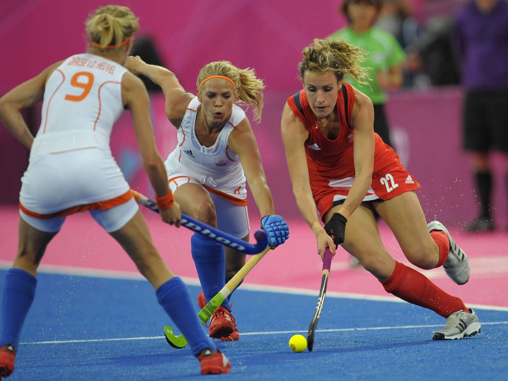 Dutch Vs Great Britain In 2020 Field Hockey Womens Field Hockey Women S Hockey