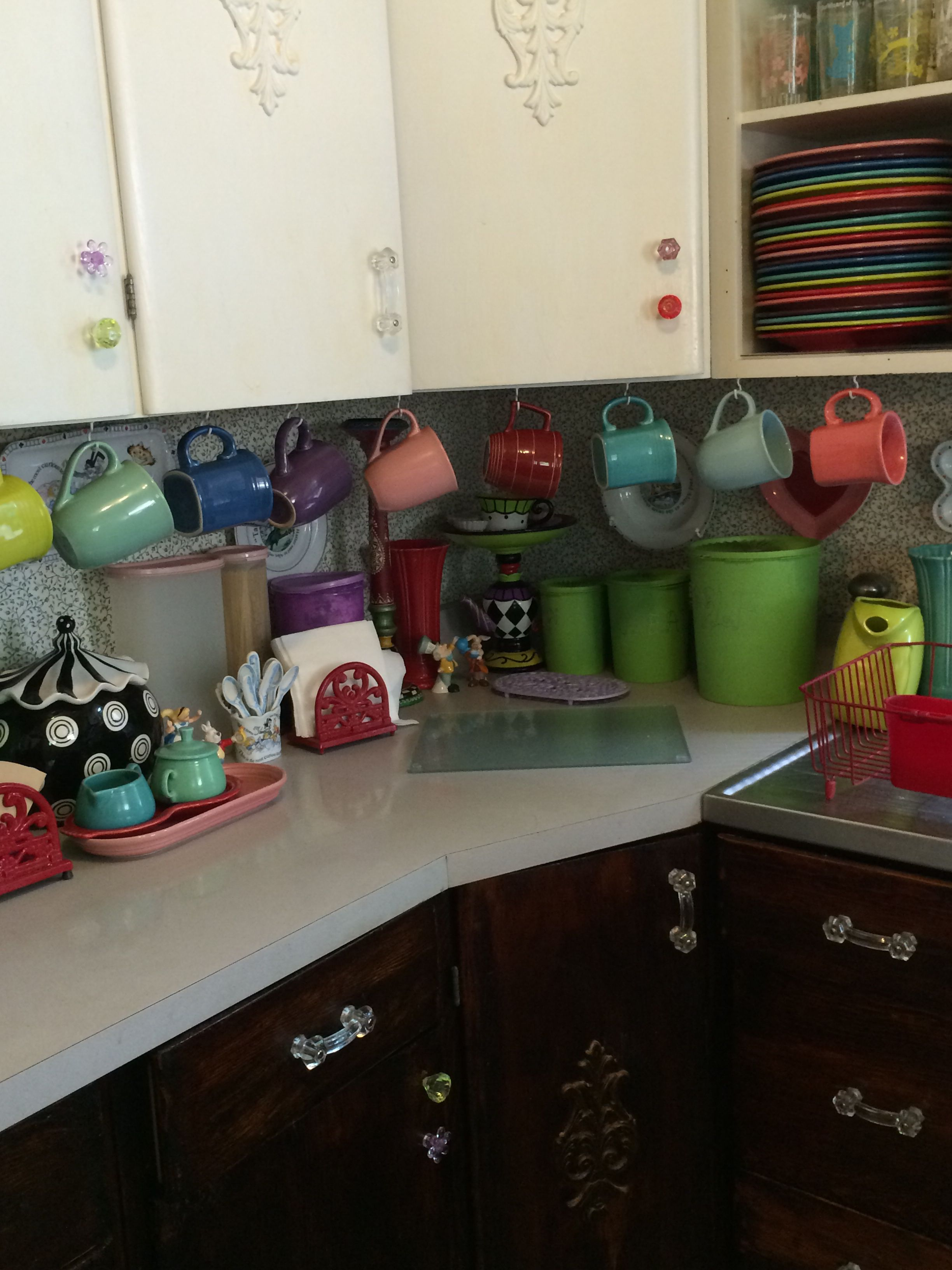 Alice In Wonderland Kitchen | Mismatched Cabinet Knobs And Cups In My Wonderland Kitchen Alice