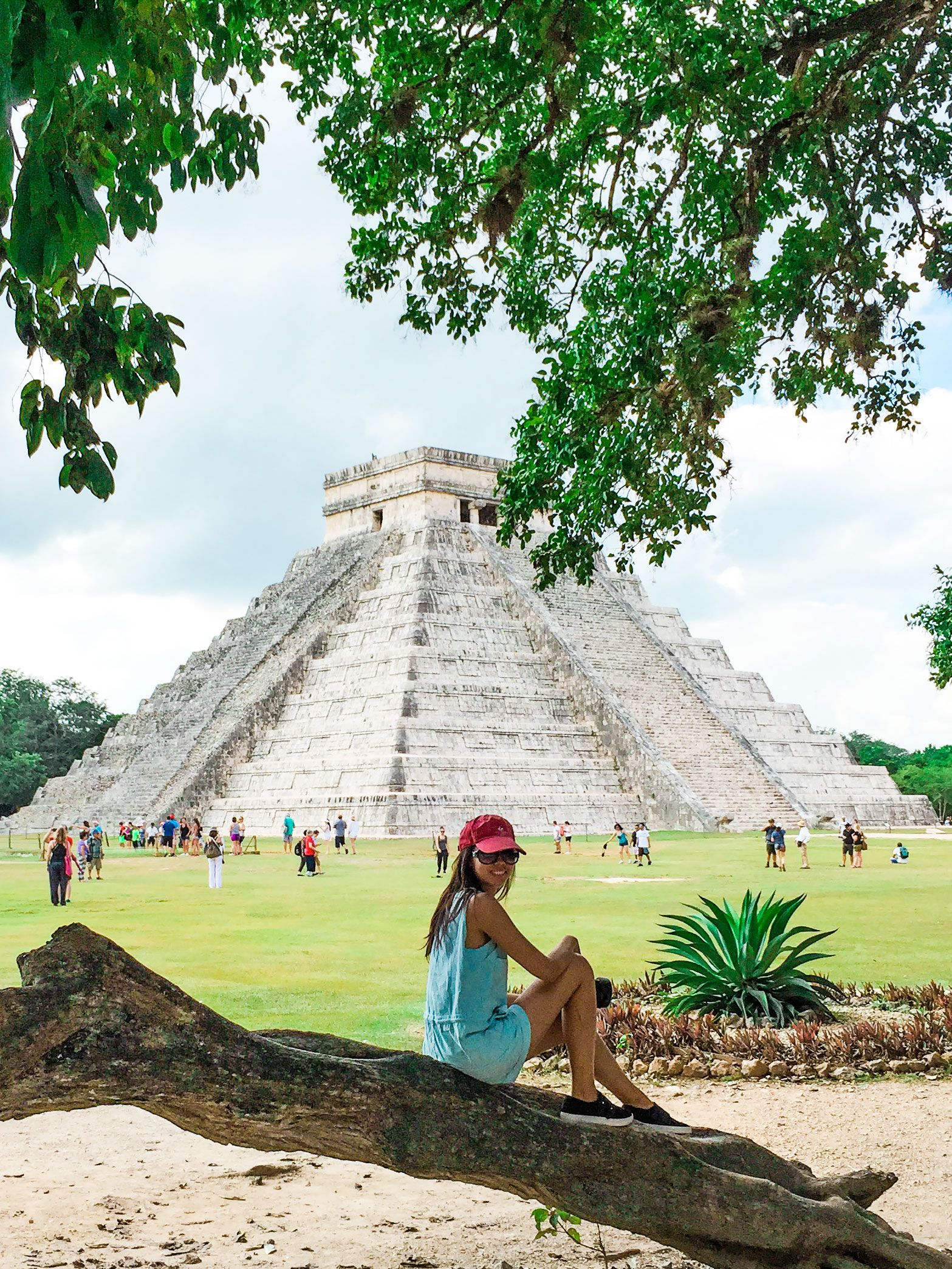 Everything You Need To Know About Visiting Tulum Mexico Travel Guide Including Day Trips To Chichen Itza Cenotes Fotos De Cancun Fotos En Cancun Viajes Fotos