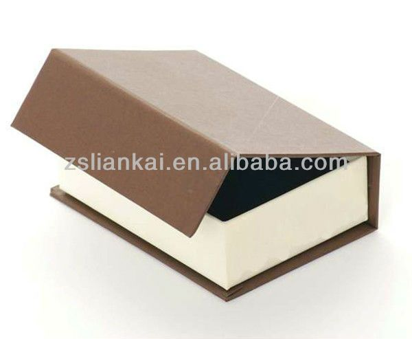 Recycled Magnetic Closure Cardboard Gift Box - Buy Magnetic ...