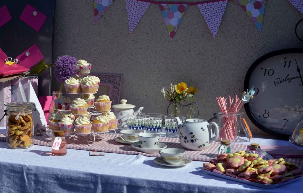 Sweet Table Baby Shower   Alice Au Pays Des Merveilles #sweettable  #aliceaupaysdesmerveilles Quand Julie