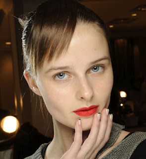 Its all about red on the runways of fashion week and the red carpet at the Academy Awards.