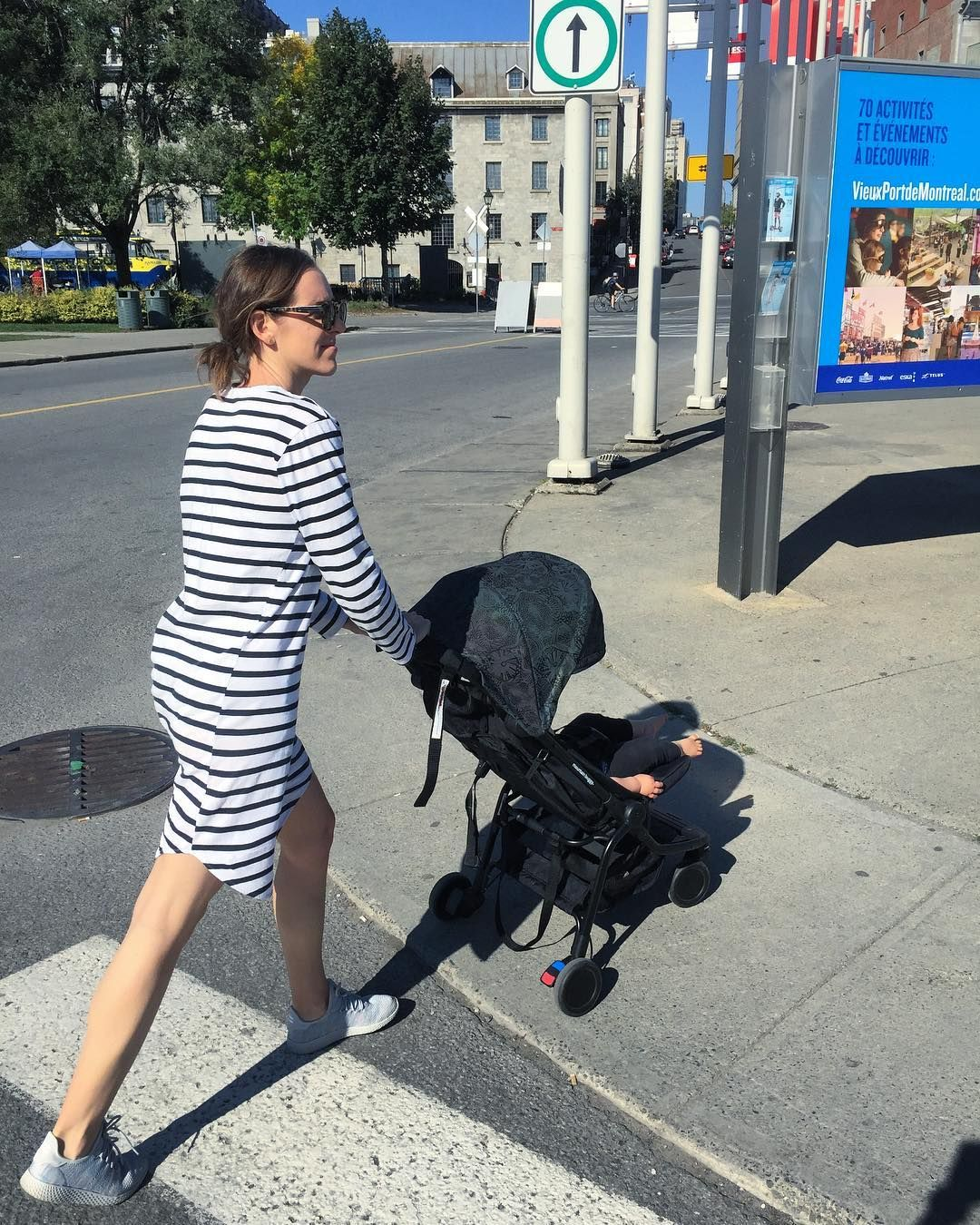 Strolling the streets of Canada, on holiday with nano Year