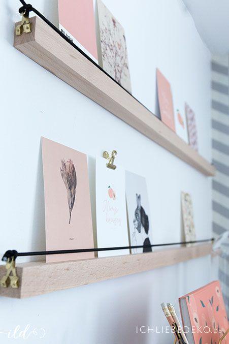 Photo of DIY Bilderleiste aus Holz für eine Postkartengalerie • Ich Liebe Deko