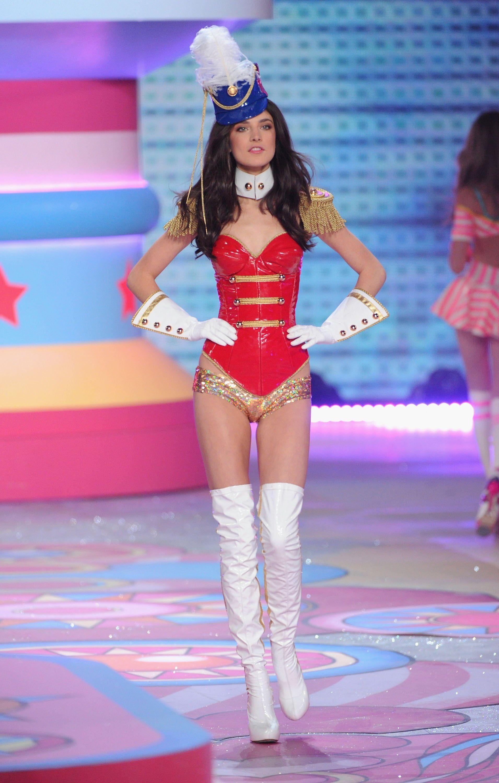 Victoria's Secret Fashion Show 2012 | Vs models, Victoria secret ...