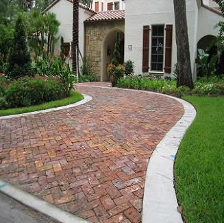 Semi circle paver driveway house and plan pinterest for Semi concrete house