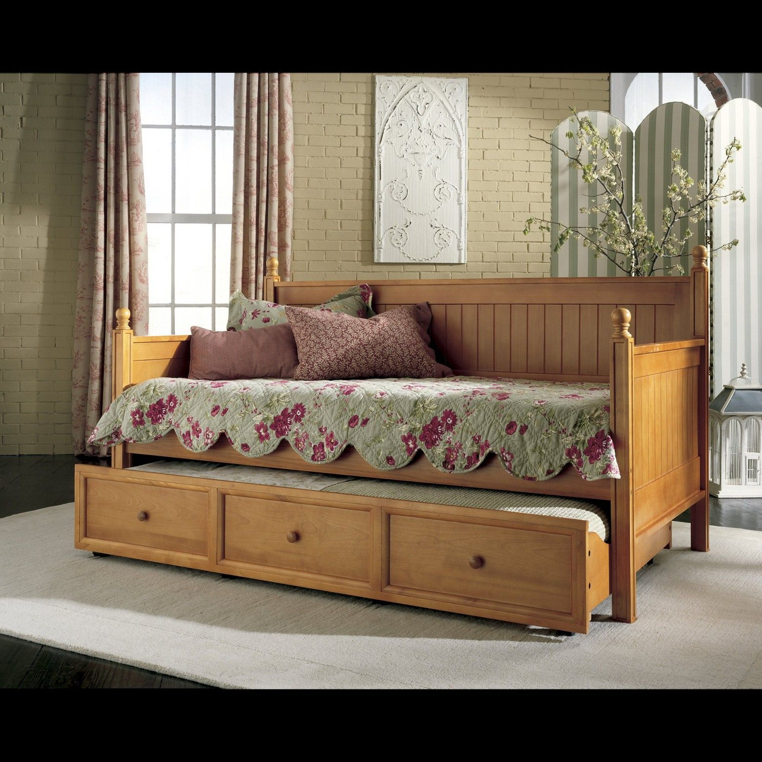 Diy Wooden Daybed With Trundle Google Search Wooden Daybed