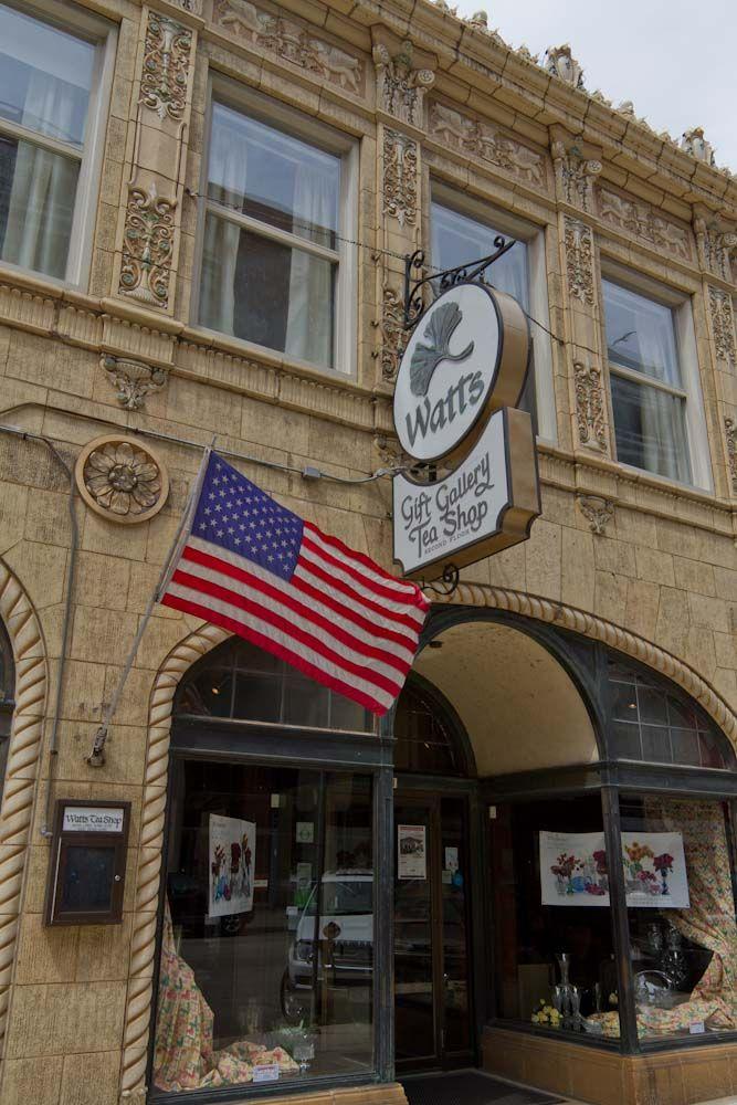 Watts Represents Milwaukee To A Tea Milwaukee City Milwaukee Milwaukee Wi