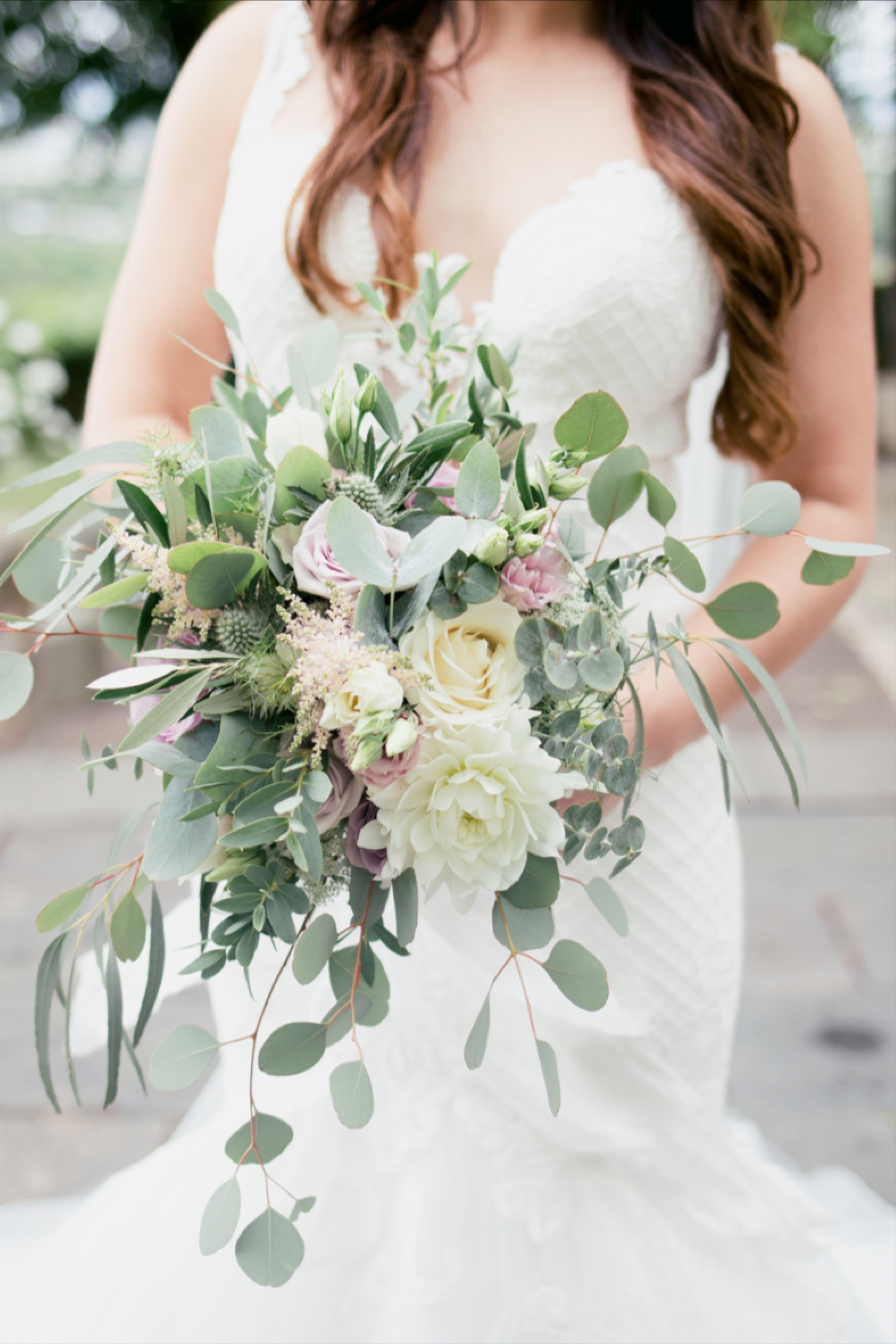 Stilvoller Brautstrauss Brautstrauss Braut Standesamtliche Hochzeit