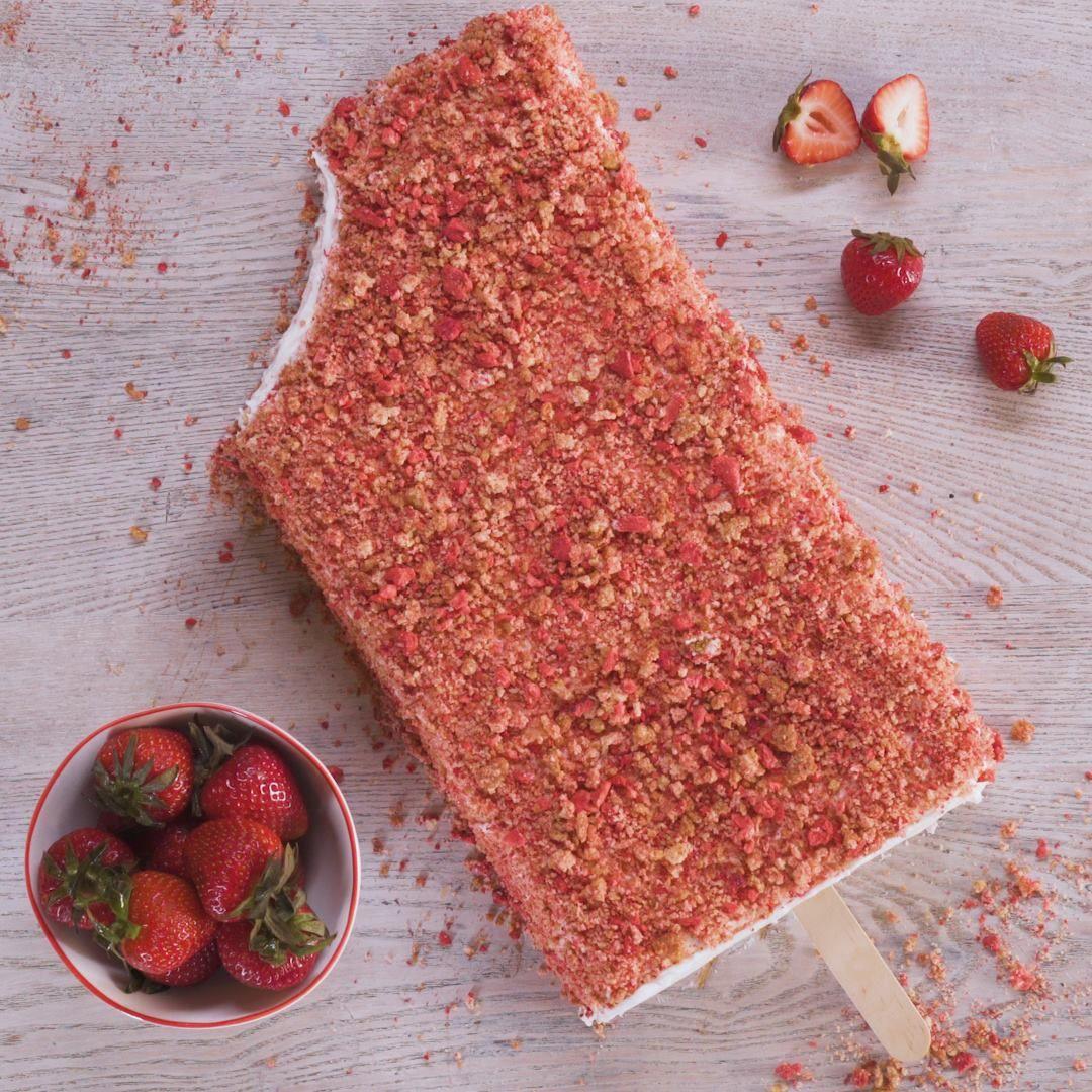How to make a strawberry crunch ice cream cake crunch