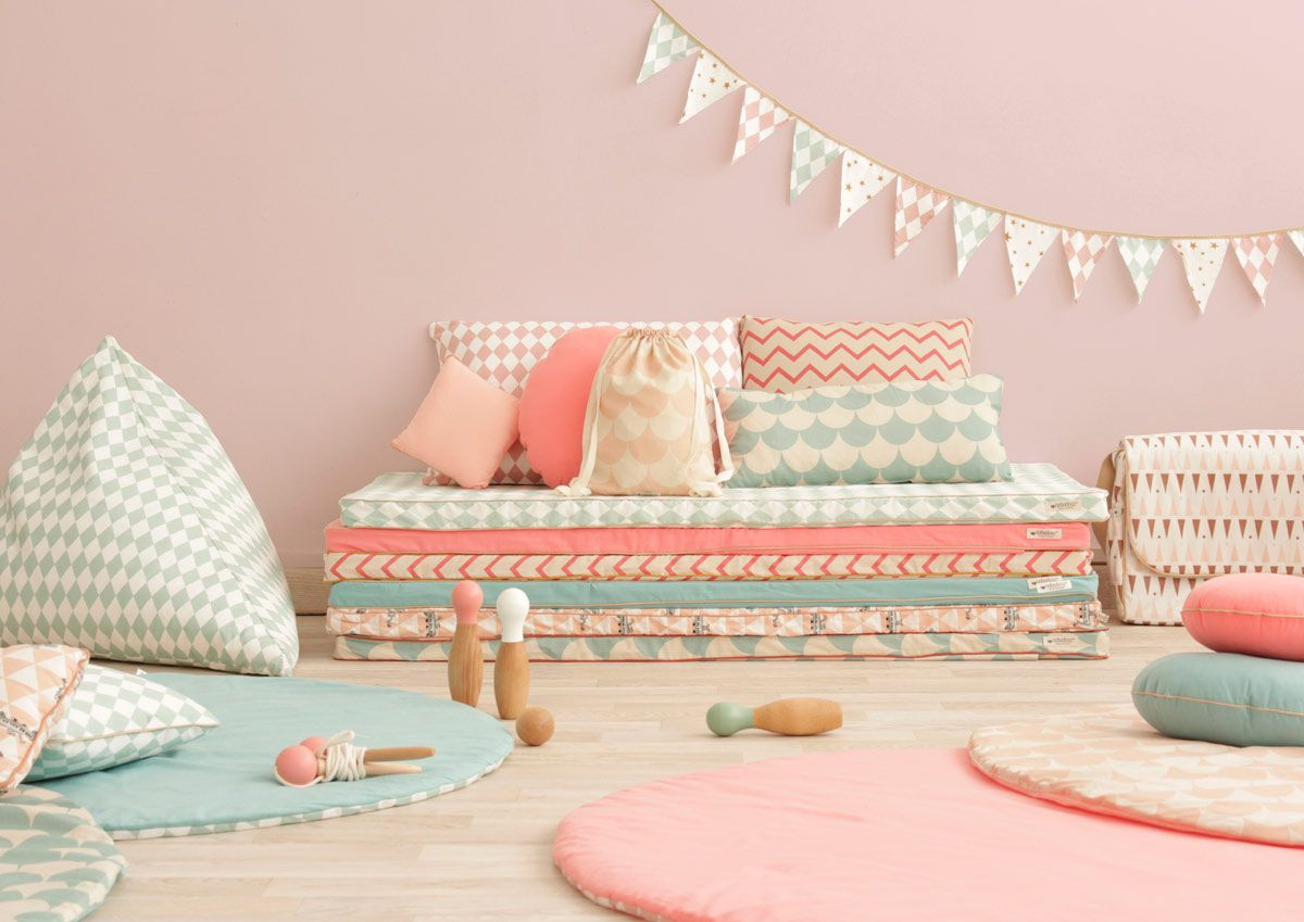 les 25 meilleures id es de la cat gorie matelas sol sur pinterest matelas enfant matelas de. Black Bedroom Furniture Sets. Home Design Ideas
