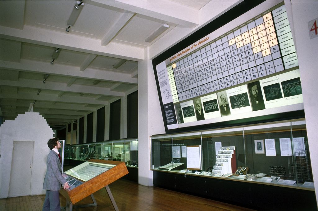 Animated periodic table, Science Museum, London, c 1964-1977 - copy periodic table c