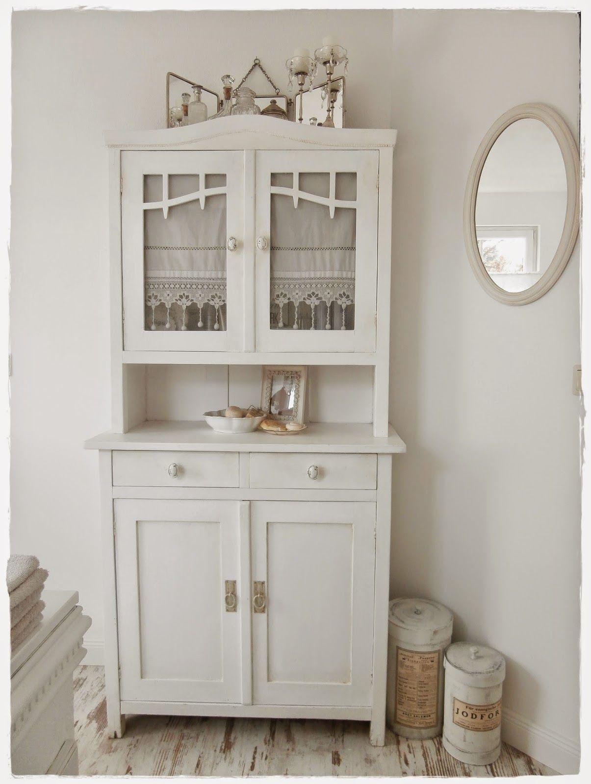 pin von luisa vegan reiki master auf armadi bianchi. Black Bedroom Furniture Sets. Home Design Ideas