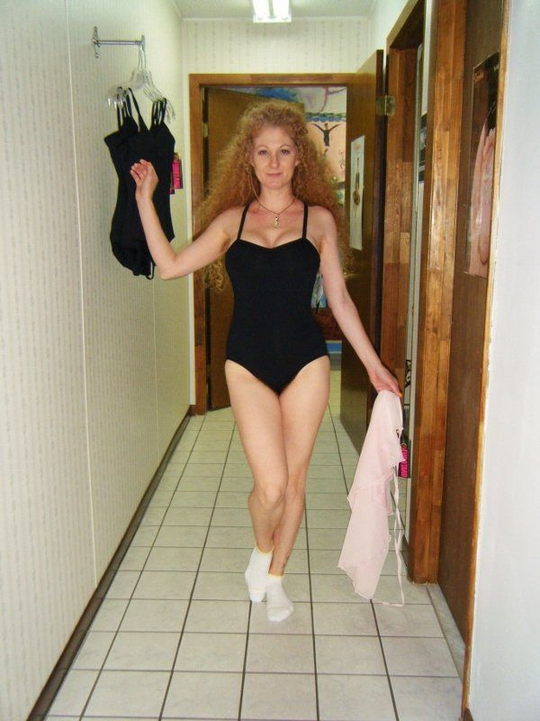 Taken For A Custom Wam Order Pieing Video And Photos As A Ballerina Here I Am Shopping For The Perfect Outfit