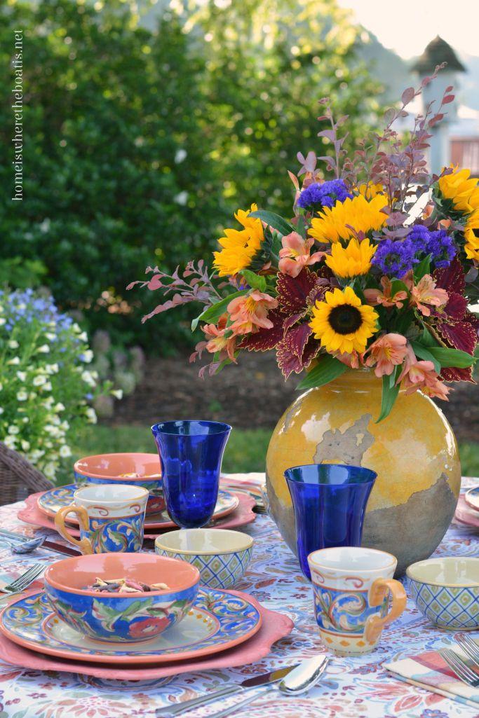 A Lakeside Table with Pfaltzgraff Villa della Luna Dinnerware | Sunflower arrangements Urn and Dinnerware & A Lakeside Table with Pfaltzgraff Villa della Luna Dinnerware ...