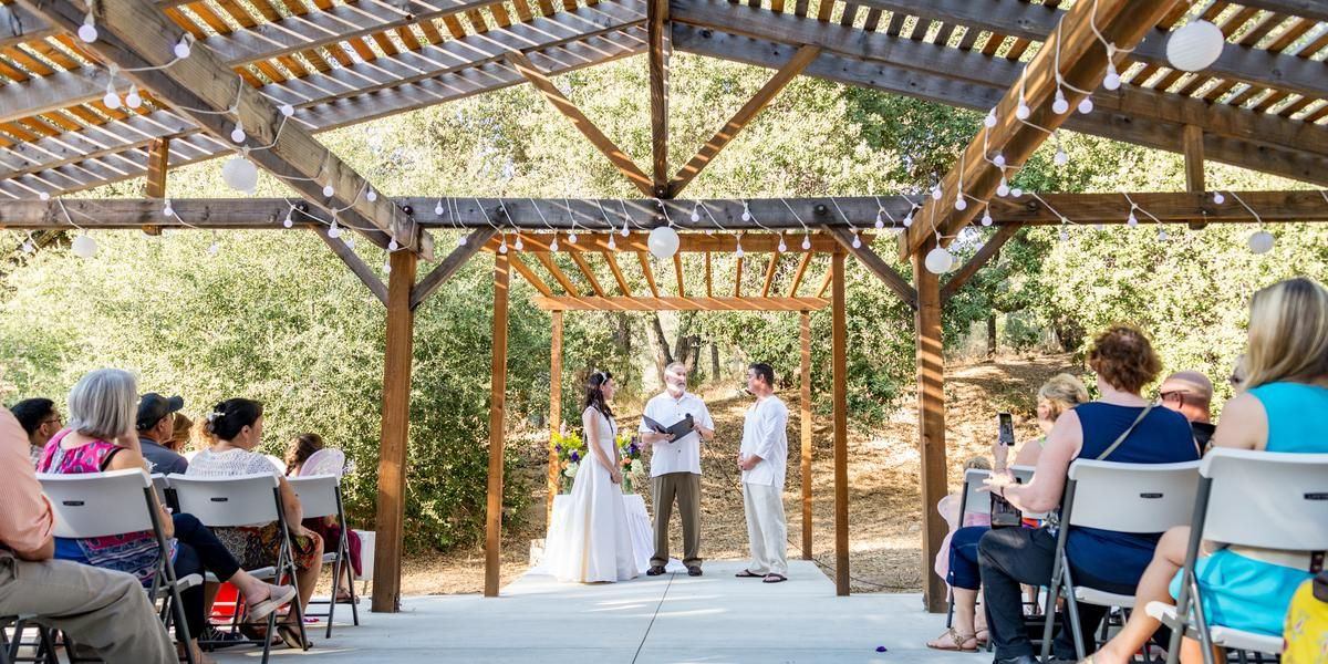 Julian Wedding Venue Weddings Price Out And Compare Wedding Costs For Wedding Ceremony And Reception Venues In San Wedding Venue Prices Wedding Venues Venues
