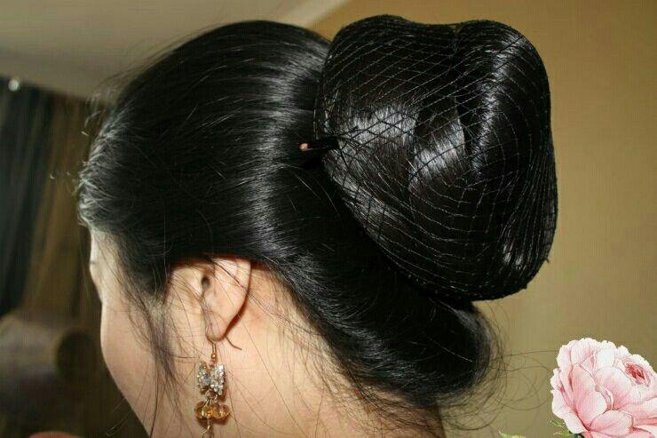 indian aunties hair bun