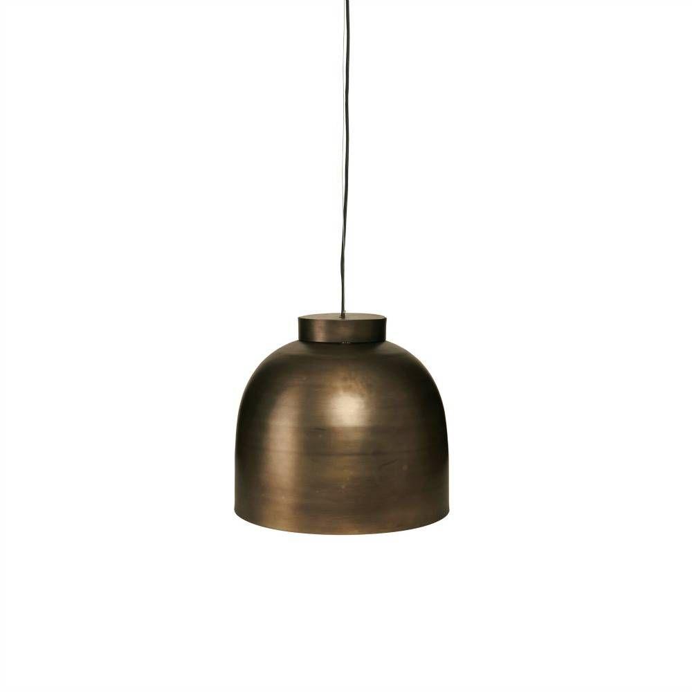 De lamp BOWL van Housedoctor is van koper! Deze mooie lamp zal mooi hangen boven de keukentafel of in de woonkamer! Kan je er niet uitkomen? Er is ook nog een b