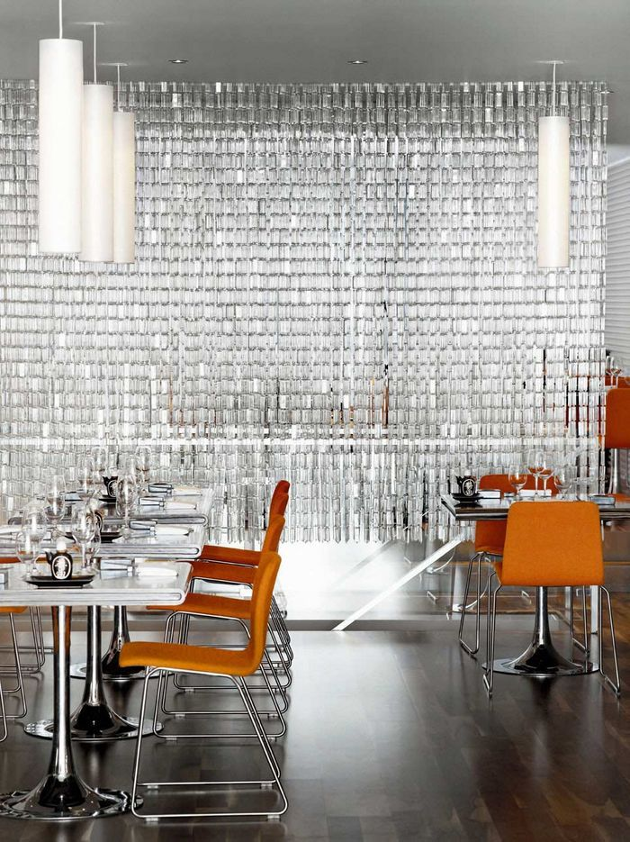 Modern Restaurant Interior With Glass Curtain Partition WorkspaceVision Spaceswelove Hospitality