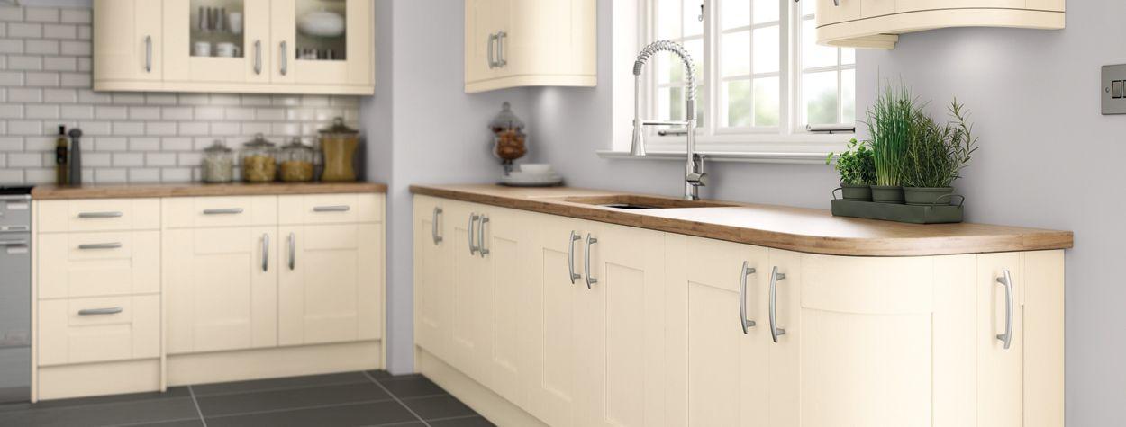 5 Piece Handpainted Shaker Mussel Kitchen Design Kitchen Cupboards Cashmere Shaker Kitchen