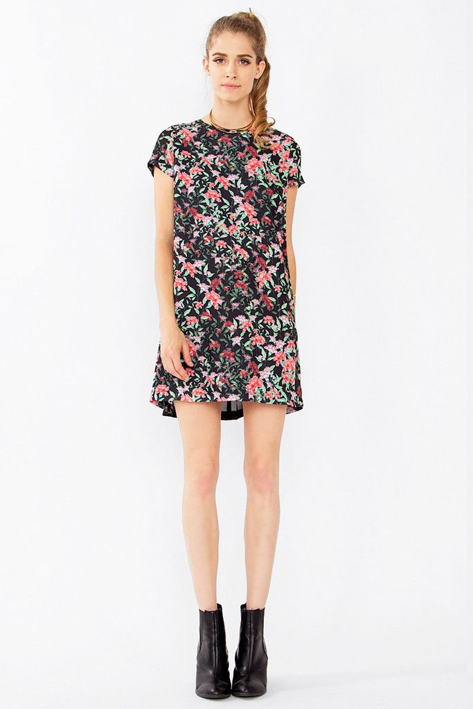 Flower Bed Shift Dress Bella Eve Boutique