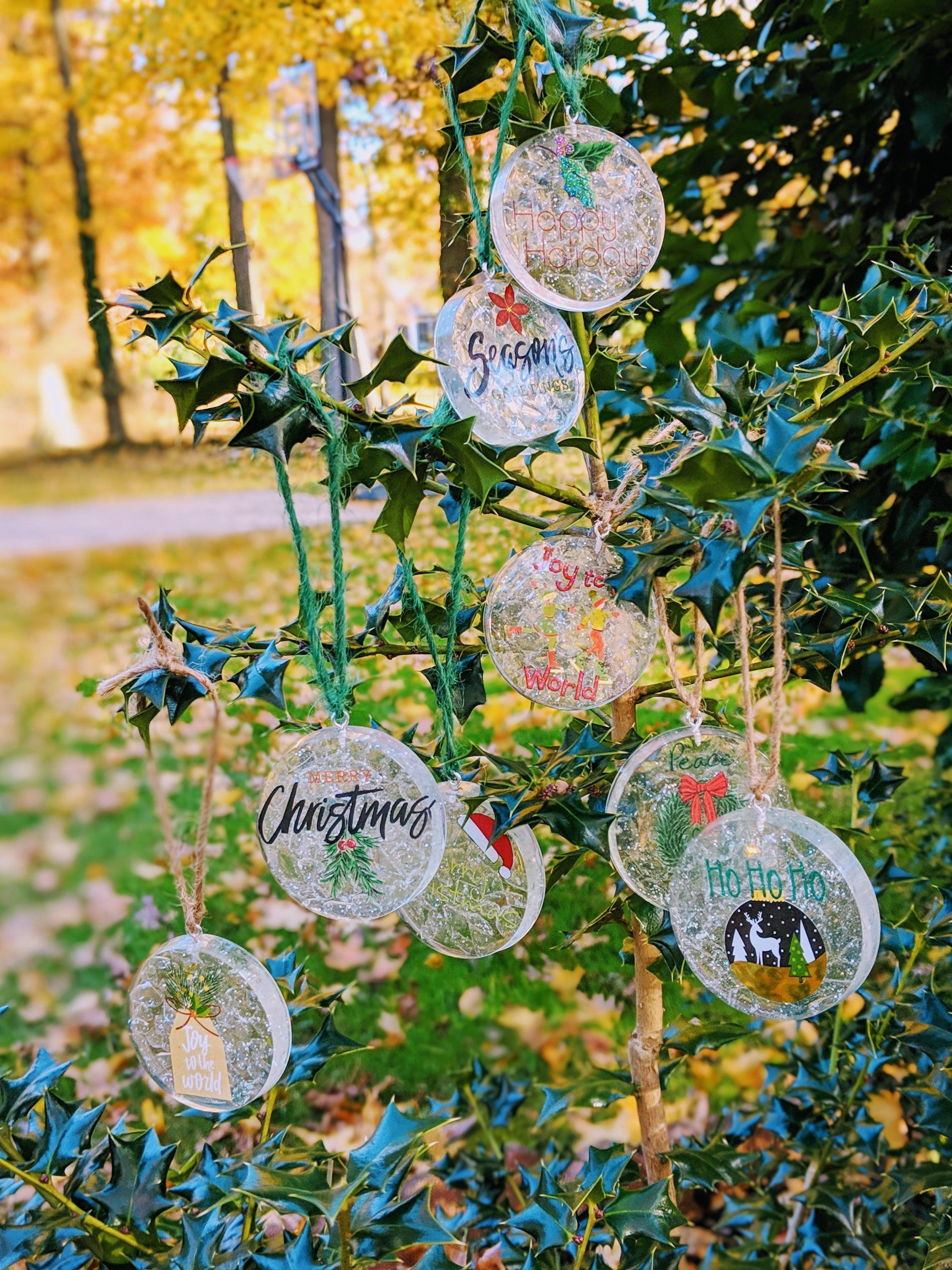 Resin Clear Round Christmas Ornaments Set Handmade Holiday Decor Christmas Decor Handmade Christmas Ornaments Unique Christmas Ornaments Diy Resin Ornaments
