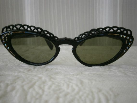 Vintage French Cat Eye Rhinestone Sunglasses -  Black Lace Frame - Green Lens - FREE US SHIPPING