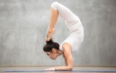die schwierigsten yogaÜbungen der welt  crazy yoga poses