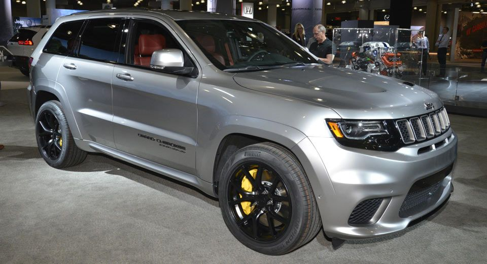 Jeep S 707hp Grand Cherokee Trackhawk Looks Even Better In Silver Jeep Grand Jeep Grand Cherokee Jeep