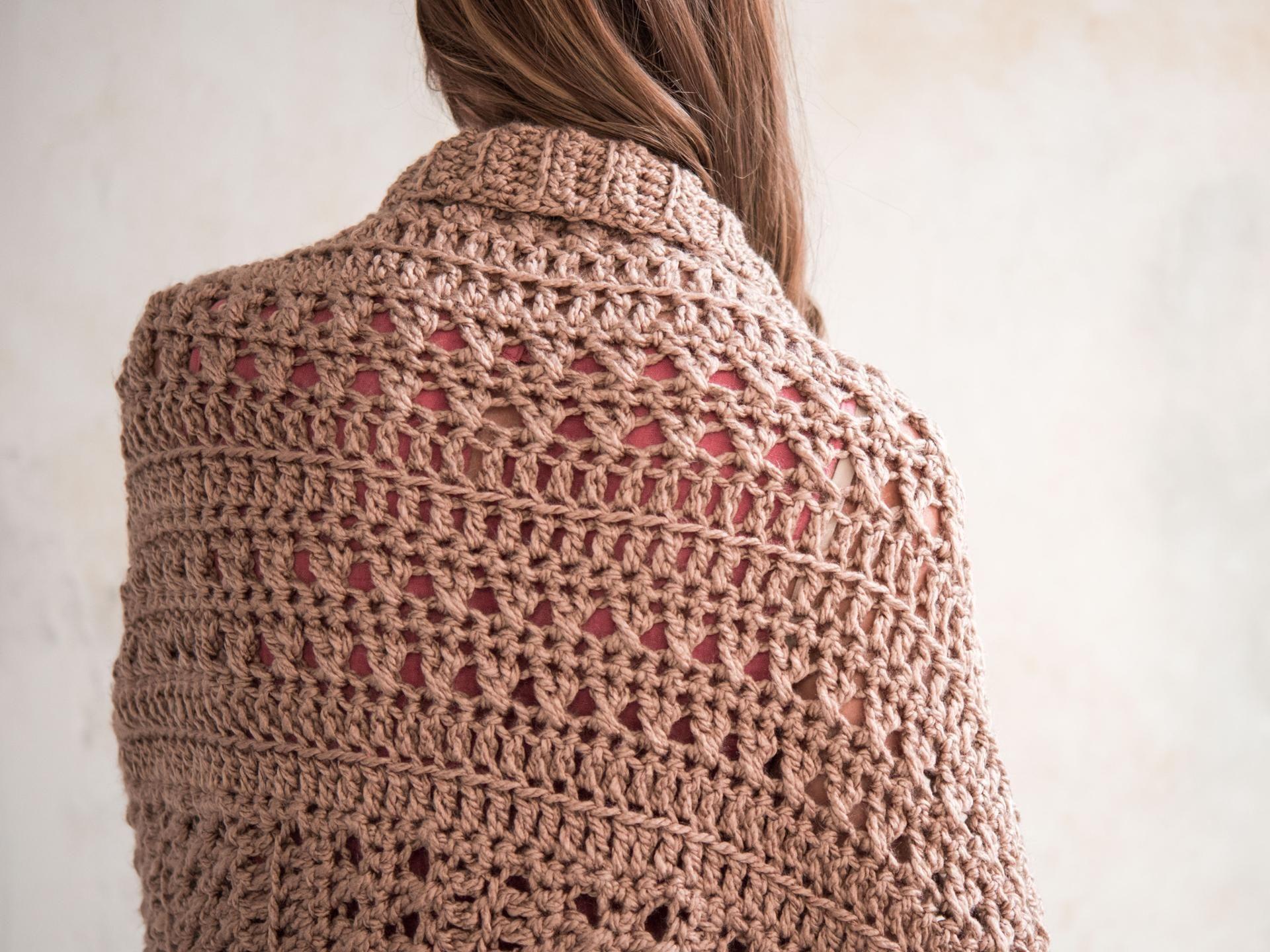 62dd4ff8222141 City Chic Shrug Crochet Kit