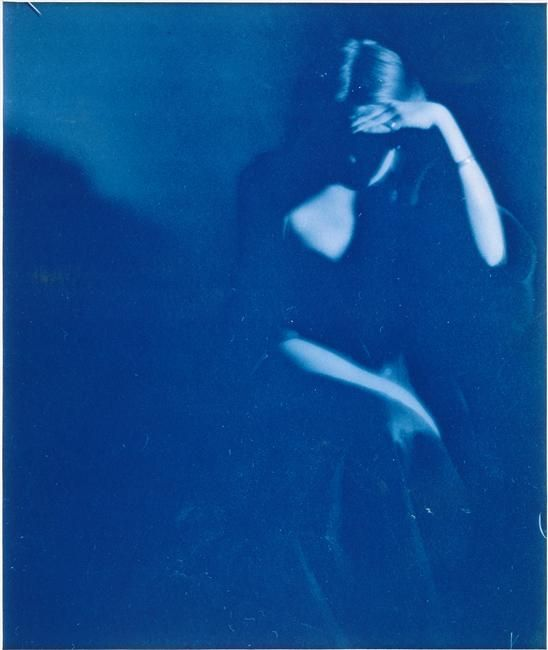 Paul Burty Haviland, Young Woman Sitting (Florence Peterson), Cyanotype.