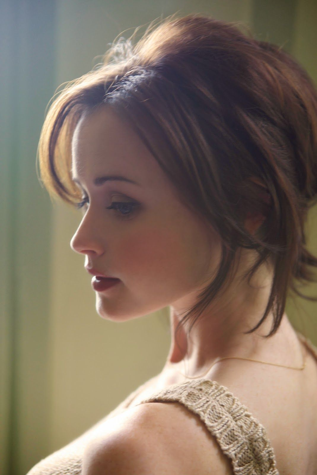 Pin On Actress Hd Wallpapers Alexis bledel hd wallpapers hd images