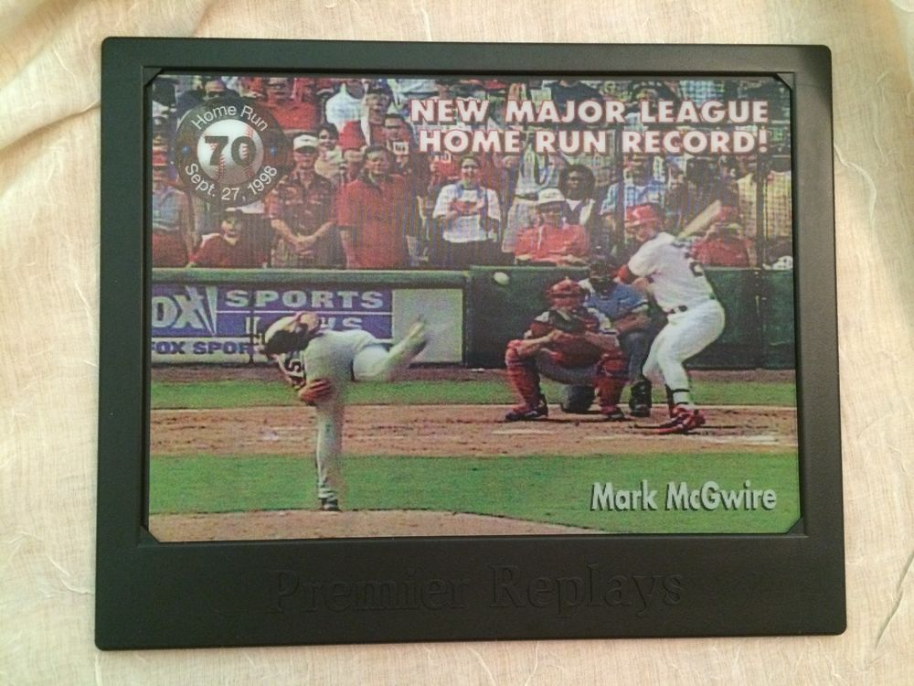 Mark McGwire 70th Home Run 1998 Digital Replay Motion Card