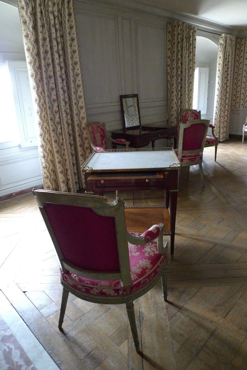 la visite du petit trianon chambre dame d 39 honneur marie. Black Bedroom Furniture Sets. Home Design Ideas